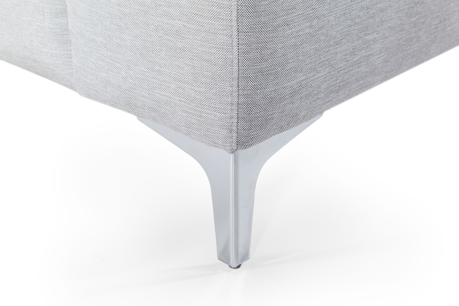 In picture: Nordic 4 DIV Left detail. Leg: 53, stainless steel.