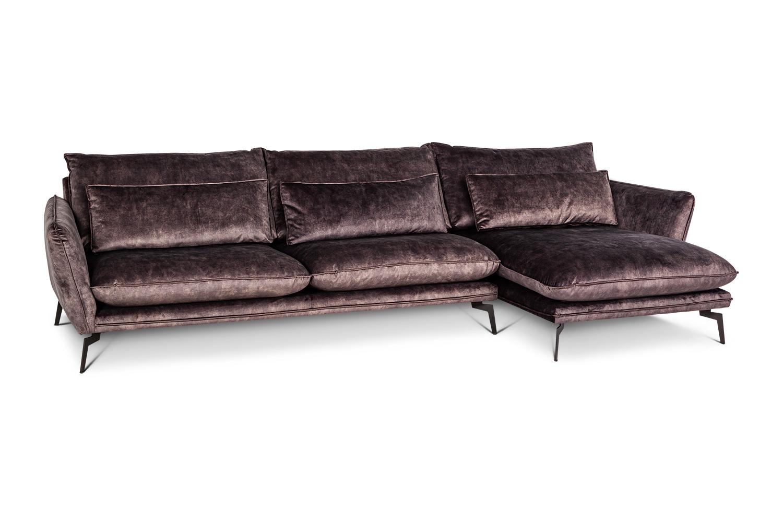 In picture: Style 3 DIV Adore 68 Leg 122 black